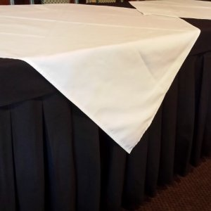 Table Cloths & Napkins