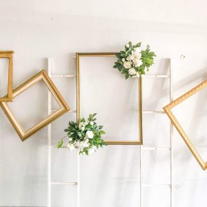 Signs | Frames