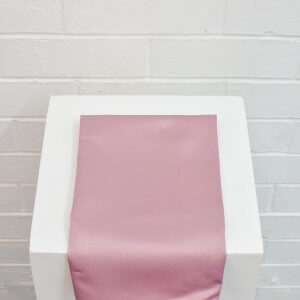 Table Cloths & Napkins