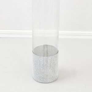 Cylinder with mesh