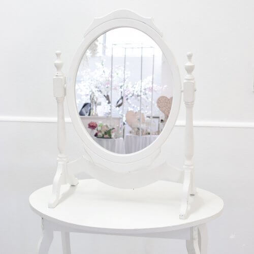 mirror stand and table