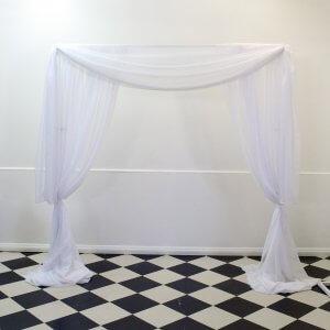 white romance arch