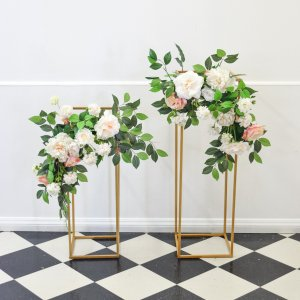 peach and pink arch corner flowers